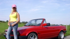 hot driving girls (4)