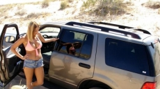 Car Stuck Girls (2)